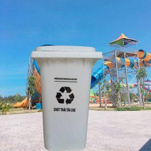 Thùng rác HDPE 120 lít màu trắng